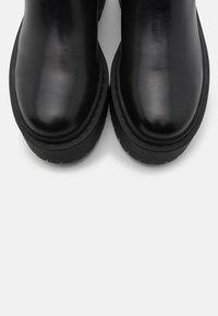 Bianco - BIADEB CHELSEA - Platform ankle boots - black - 5