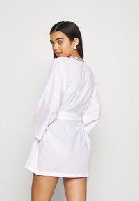 Moschino Underwear - NIGHT GOWN - Badjas - white - 2