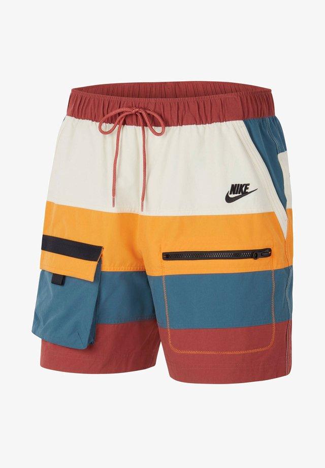 Sports shorts - multicolor