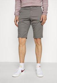TOM TAILOR - JOSH  - Shorts - castlerock grey - 0