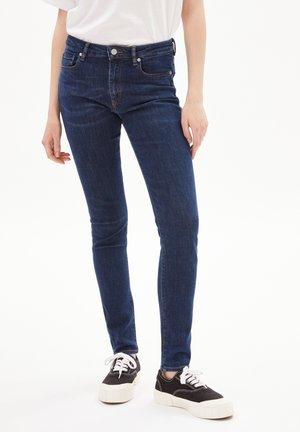 TILLAA - Slim fit jeans - indigo daze