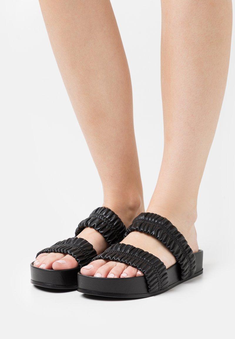 Oa non fashion - Mules - nero