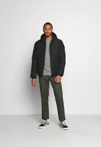 Burton Menswear London - MIDWEIGHT PUFFER - Talvitakki - black - 1