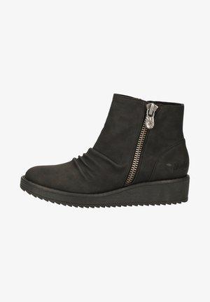 Støvletter m/ kilehæl - black utah
