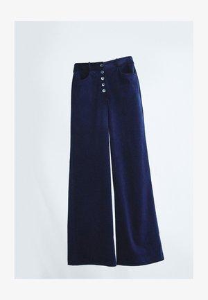 MIT KNÖPFEN  - Trousers - dark blue