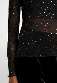 Monki - SILVANA - Topper langermet - black with rainbow - 5