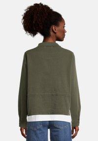 Cartoon - Light jacket - dunkelgrün - 2