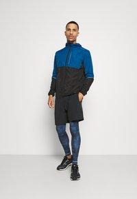 Endurance - THOROW RUNNING JACKET WITH HOOD - Sports jacket - poseidon - 1