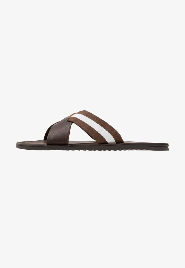 JAMIE - Sandaler - brown/white