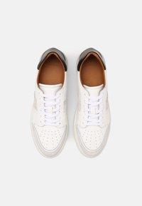 Shoe The Bear - AREN COURT  - Tenisky - white/black - 3