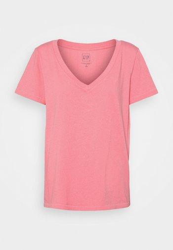 T-shirts basic - lipstick pink