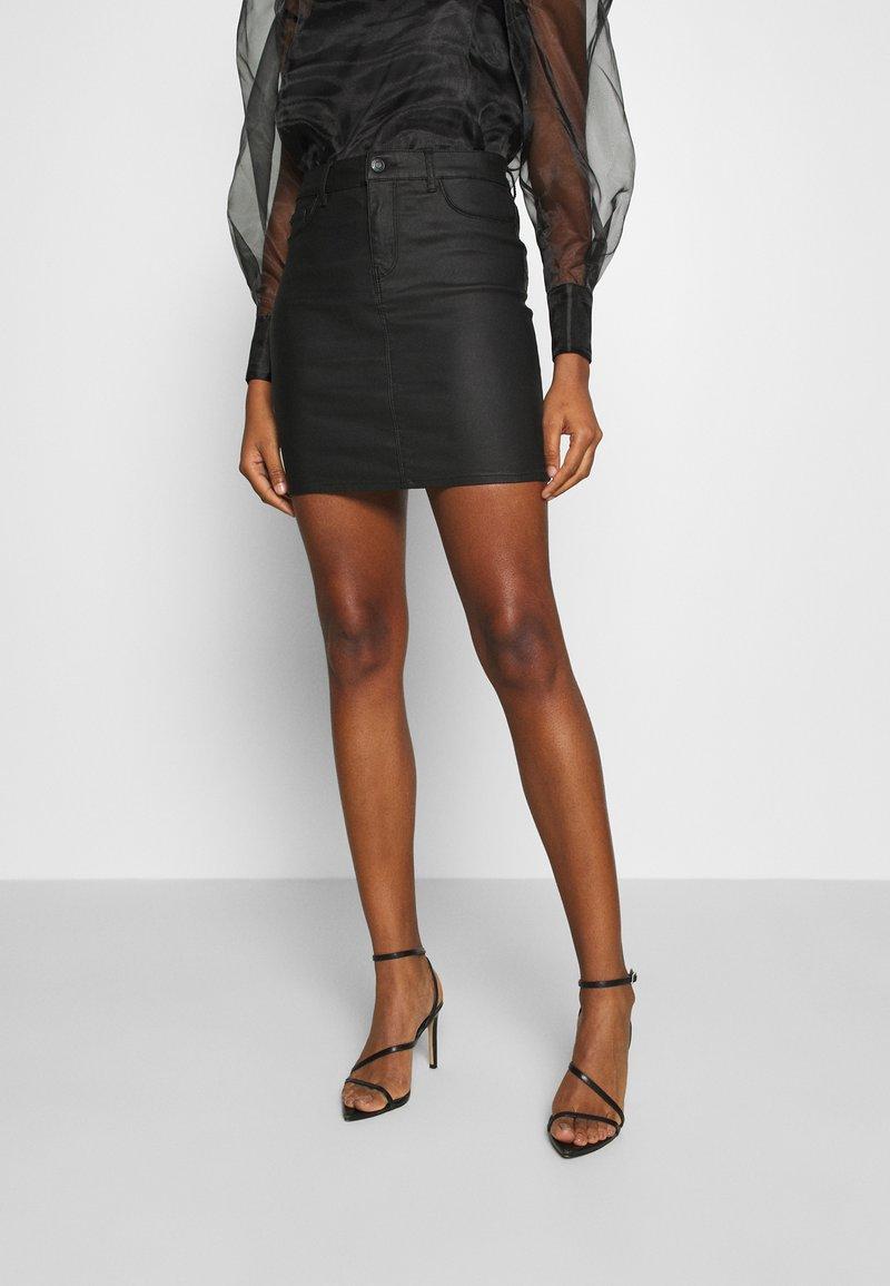 Vero Moda - VMSEVEN SKIRT - Mini skirt - black