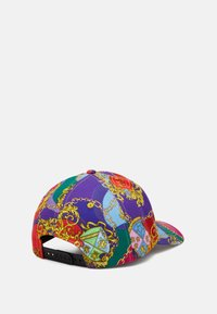 Versace Jeans Couture - Czapka z daszkiem - multi-coloured/gold - 3