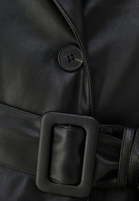 Bershka - Trenchcoat - black - 5