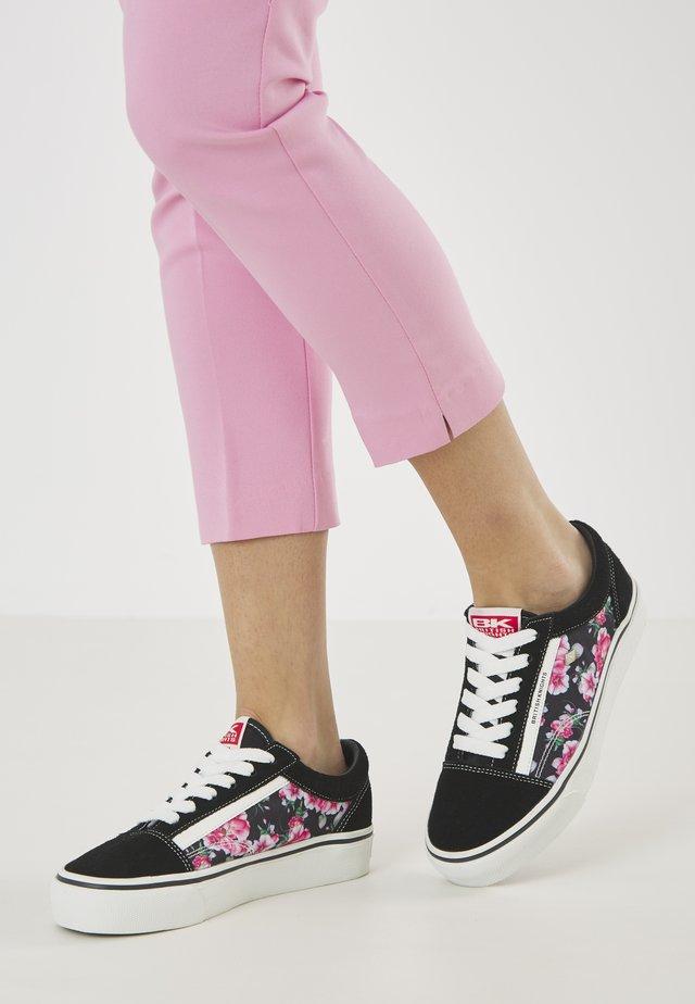 MACK PLATFORM - Sneakers laag - black/pink flower