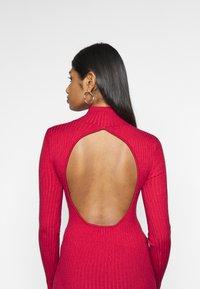 Fashion Union Petite - PHERSON - Strikket kjole - red - 3