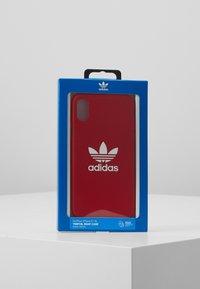 adidas Originals - MOULDED CASEFOR IPHONE X/ IPHONE XS  - Etui na telefon - scarlet - 5