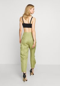 Missguided - BALLOON UTILITY TROUSERS - Trousers - khaki - 2