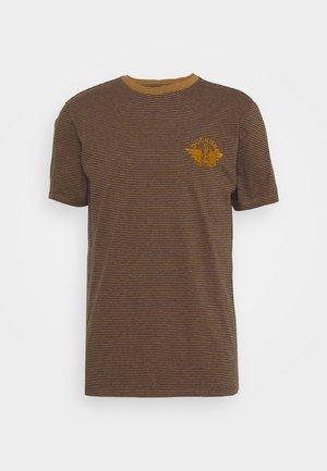 LOGO TEE - T-shirt imprimé - dark ginger/desert honey