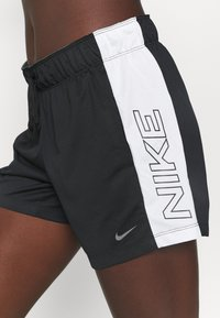 Nike Performance - DRY - Pantalón corto de deporte - black/sail - 3