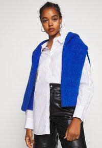 Weekday - EDYN - Button-down blouse - white - 3