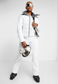 CMP - WOMAN LONG PANT WITH INNER GAITER - Spodnie narciarskie - bianco - 1