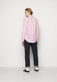 Polo Ralph Lauren - Vapaa-ajan kauluspaita - orange/white - 2