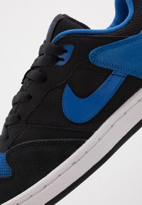 Nike SB - ALLEYOOP UNISEX - Skate shoes - black/royal blue - 7