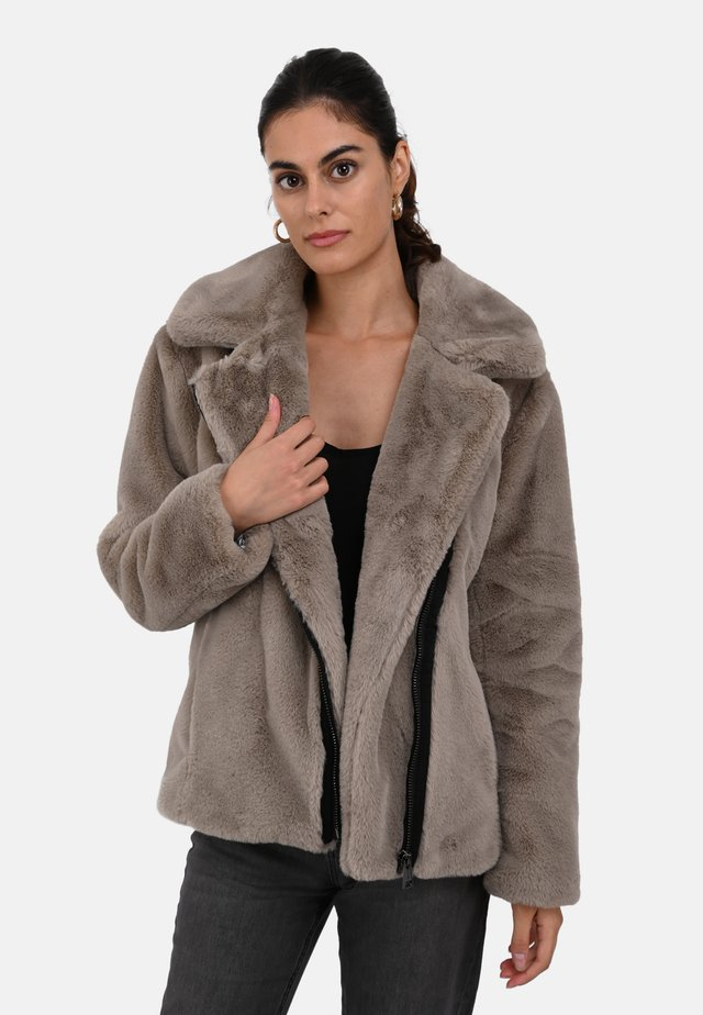 MEDIA - Winter jacket - beige