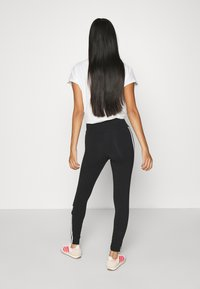 adidas Originals - COLOR SPORTS INSPIRED SLIM TIGHTS - Leggings - Hosen - black/white - 2