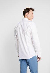 Bruun & Stengade - COOPER - Kostymskjorta - white - 2