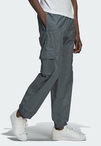 adidas Originals - Cargo trousers - grey - 2
