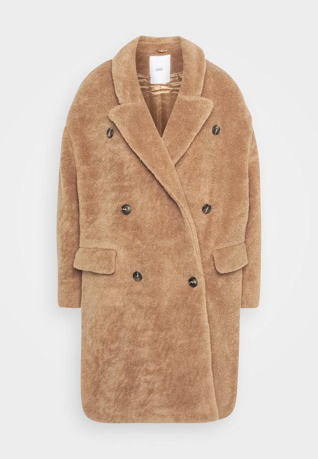 HERBY - Classic coat - honey