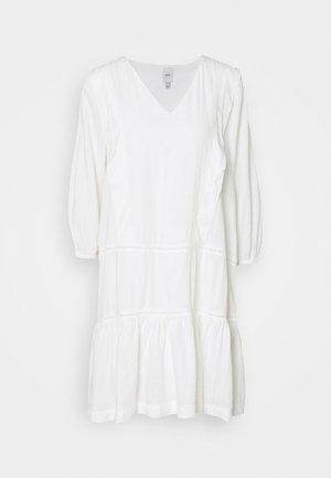 Robe d'été - cloud dancer