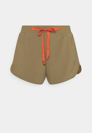 Outdoor shorts - covert green