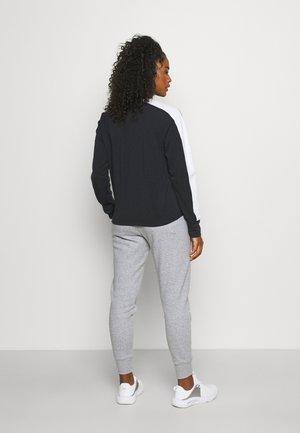 RIVAL PANT - Pantaloni sportivi - grey