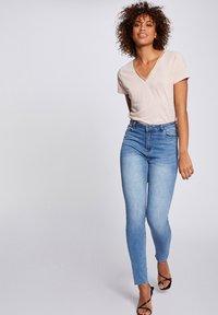 Morgan - Slim fit jeans - bleached denim - 1