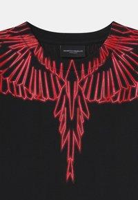 Marcelo Burlon - WINGS RED - Print T-shirt - nero - 2