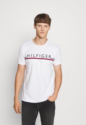 CORP STRIPE TEE - Print T-shirt - white