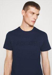 Lacoste - T-shirt print - dark blue - 4