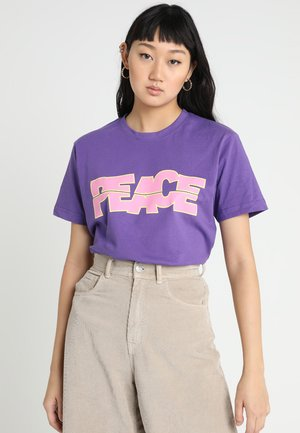 LADIES PEACE TEE - Print T-shirt - ultra violet