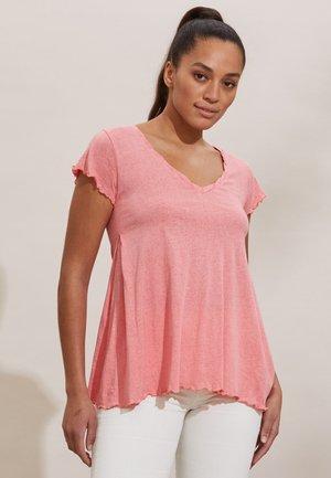 CAROLE - Print T-shirt - pink dream