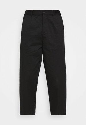 PLEATED TROUSER - Pantalones - black