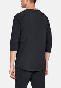 Under Armour - RECOVERY - Long sleeved top - black - 2