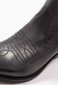 Felmini - GERBERA - Cowboy- / bikerstøvler - lavado black - 2