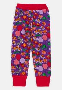 Småfolk - NATTØJ MED BLOMSTER - Pyjama - purple heart - 2