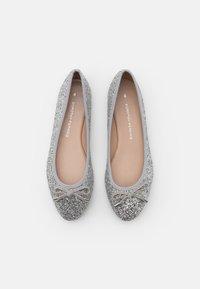 Dorothy Perkins - Ballerina - glitter silver - 5