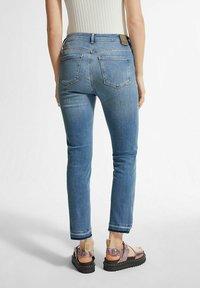 comma - Slim fit jeans - light-blue denim - 2