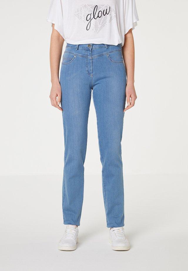 Jeans slim fit - azul claro