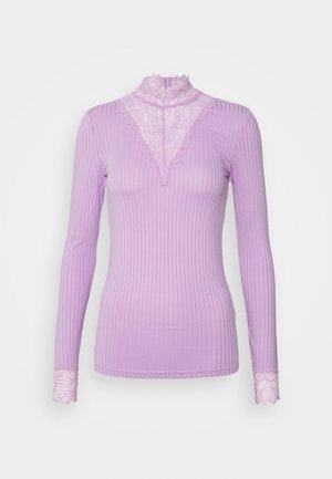 YASBLACE HIGHNECK - Långärmad tröja - sheer lilac